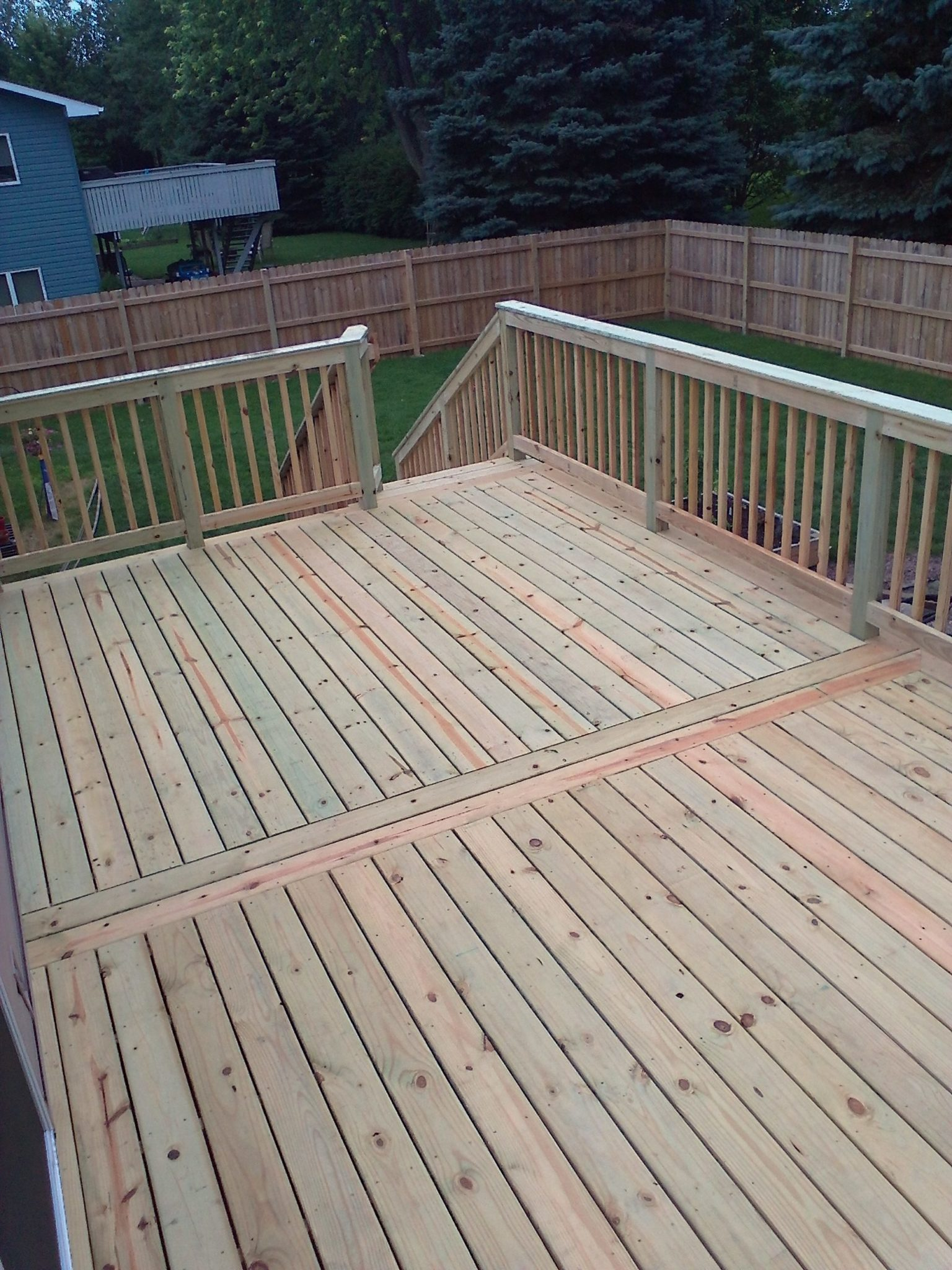 mankato-deck-and-railing-111808